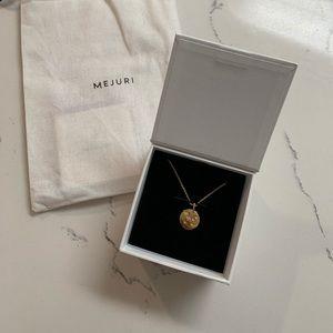 Mejuri Zodiac Cancer Necklace